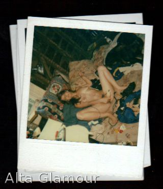 AMATEUR POLAROID - NAUGHTY WIFE