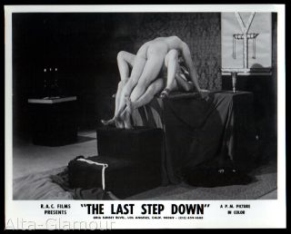 ORIGINAL PHOTOGRAPH -- THE LAST STEP DOWN 12 --GROUP SEX SCENE ON OCCULT ALTAR