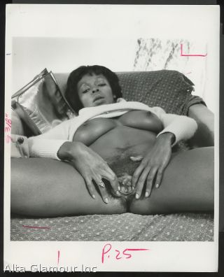 ORIGINAL PHOTO - Black Female Masturbation